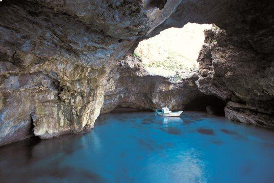 grotta_del_cammello_big1